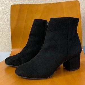 Rebel by Zigi Nanon Block-Heel Booties
